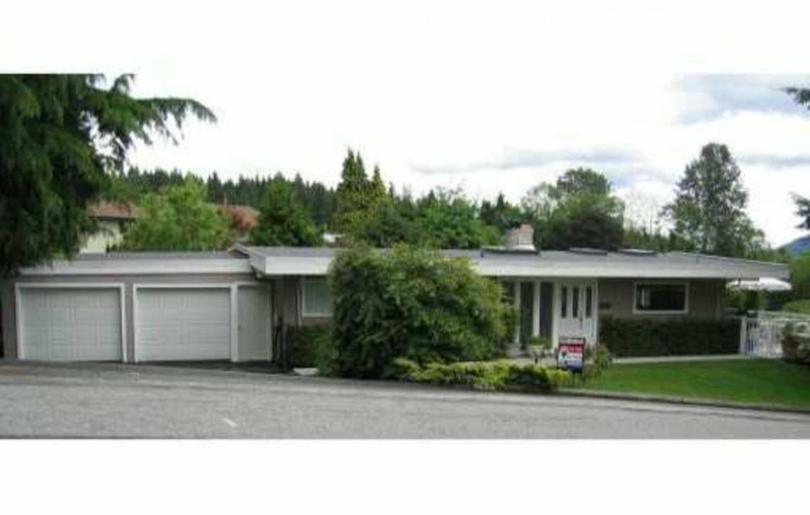 682 Plymouth Dr, North Vancouver